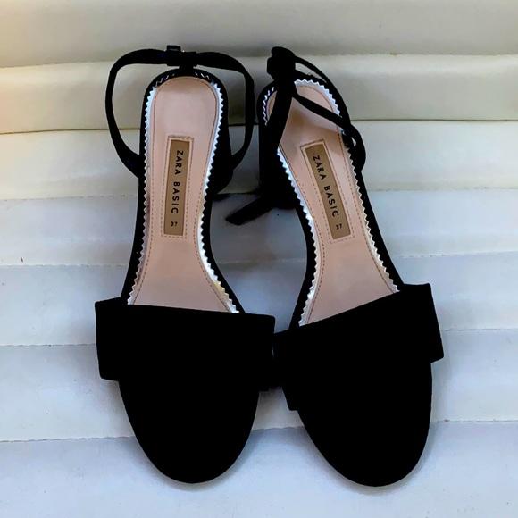 Zara basic sandals size 37